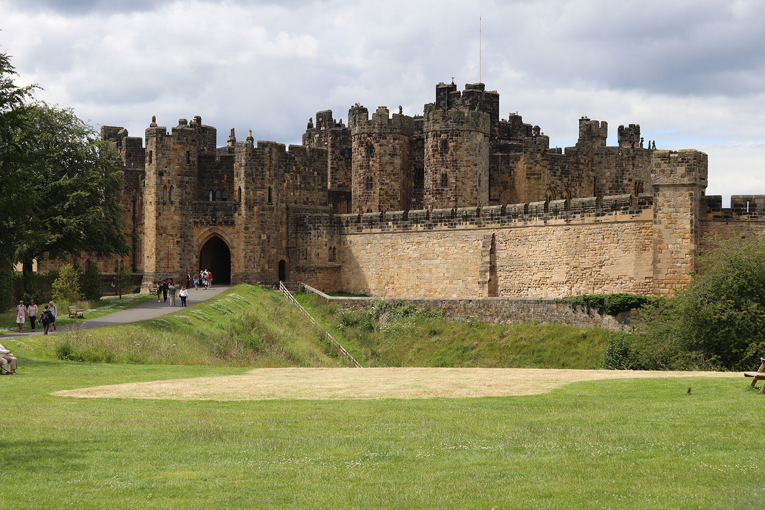 Highlight: Alnwick Castle and Gardens