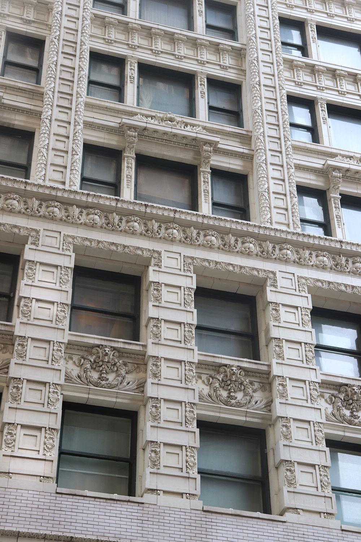 Details, Chicago